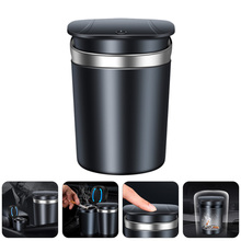 1pc Auto Zigarette Asche Container Kreative Aschenbecher mit Licht Auto Liefert