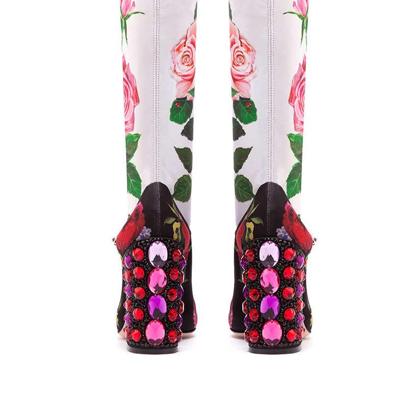 Lüks Rhinestone Topuklu Çiçek Çorap Çizmeler Kadınlar için 2019 Yeni Yuvarlak Ayak Bir Kemer Tokası Orta Buzağı Botas Kadın Parti düğün Ayakkabı