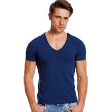 Solido Con Scollo A V T Shirt per Gli Uomini di Low Cut Stretch Vee Top Magliette Slim Fit Manica Corta Moda Maschile Maglietta invisibile Estate Canottiera(China)