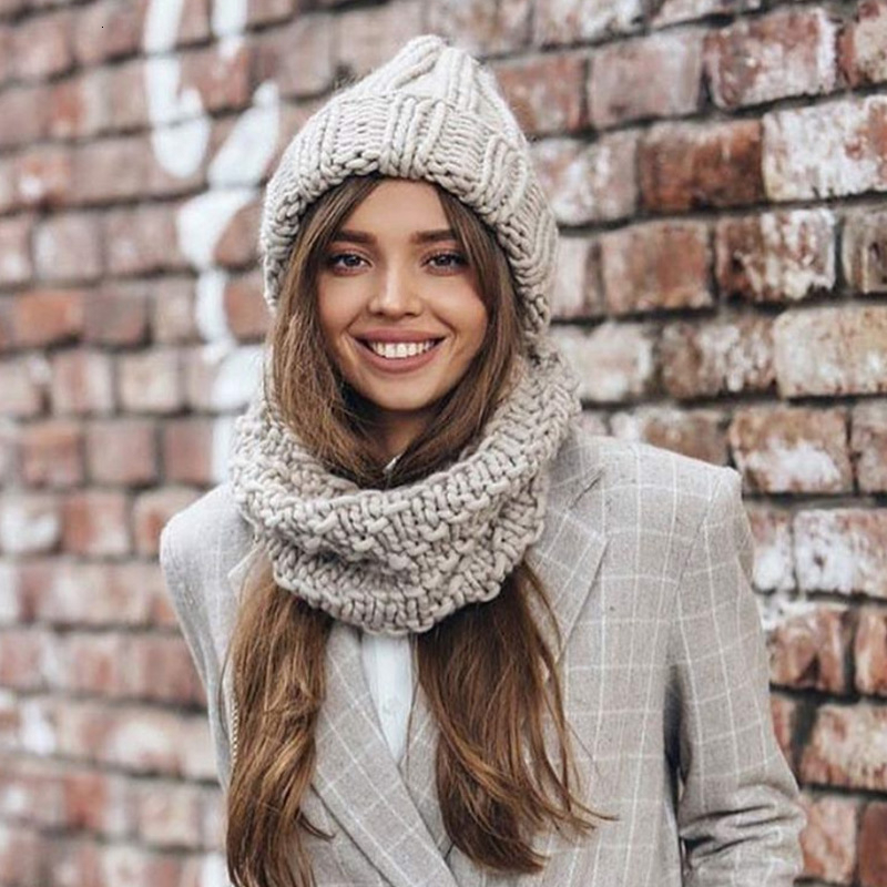 Women Hand Made Knitting Hat High Quality Customizable Logo Winter Warmer Ear Thick Soft Beanie Lady Chunky Knitted Rib Hats 24