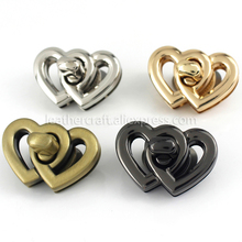 1x Metal Heart Shape Turn Lock Clasps Closure buckle Leather Craft Women Bag Purse Handbag Shoulder Closure DIY Accessories цена