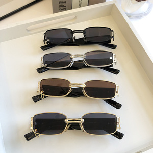 2020 Sunglasses star same style wearing earrings small box Sunglasses street photography trend cool fashion travel essential UV4