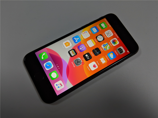 "Original Unlocked Apple iPhone 8 LTE Mobile Phone 256G/64G ROM 3GB RAM Hexa Core 12.0MP 5.5"" iOS Fingerprint Smartphone 2"