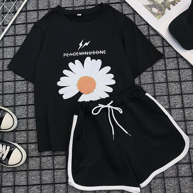 2020 Summer 2 Piece Set Shorts Women Fasion Sunflower Print T Shirts + Casual Pants Female Casual Womans Tracksuits Suits Set