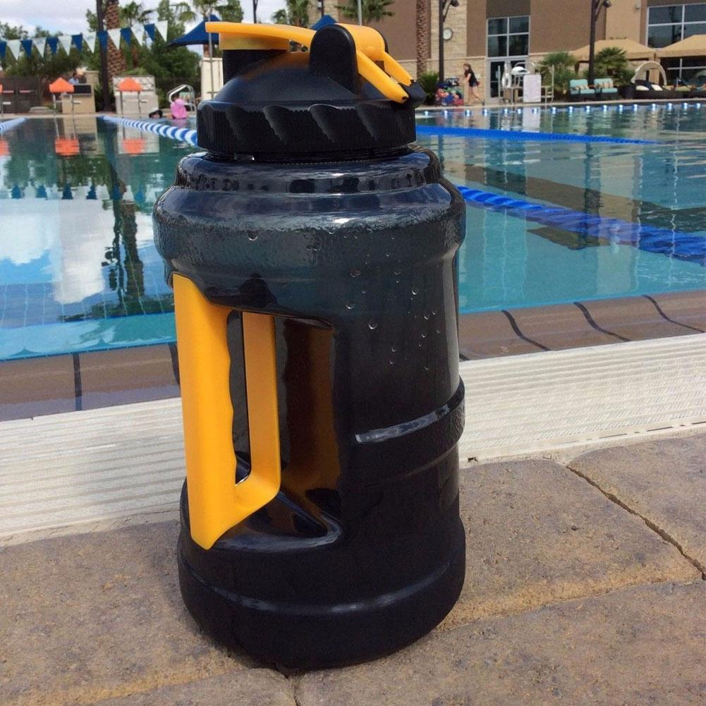 2.5L PETG большой емкости Спорт Бутылки для воды рукоятки тренажерный зал Фитнес чайник Фитнес прогулок, занятий спортом и путешествий; Гермети...