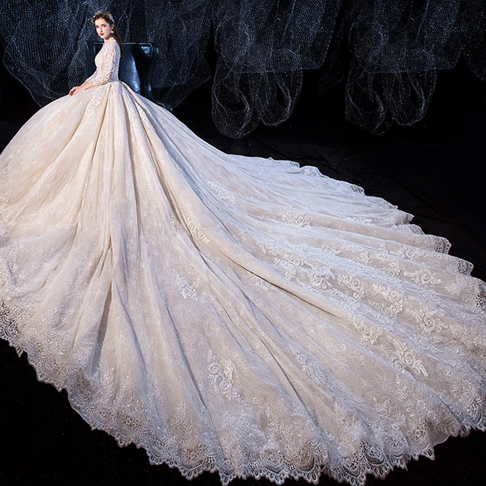 Image 2 - Beading Sequined Appliques Lace V neck Long Sleeve Gorgeous Ball Gown Wedding Dress With 1.5m Picture Chapel Train  ChinaWedding Dresses   -
