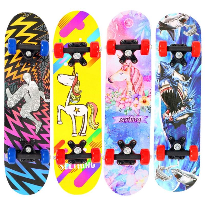 Double Rocker Skateboard 60*15*10cm Kids Teenagers Cartoon Skate Board Scooter Longboard Deck Maple Wood Skateboard Four Wheels