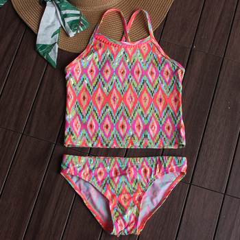 Stroje kąpielowe dla dziewcząt dwuczęściowe nowe stroje kąpielowe z nadrukiem 2021 dla dziewczynek letnia odzież plażowa strój kąpielowy dziecięcy kostiumy kąpielowe dla dziewczynek 1058 tanie i dobre opinie spandex POLIESTER CN (pochodzenie) Dziewczyny Dobrze pasuje do rozmiaru wybierz swój normalny rozmiar Floral