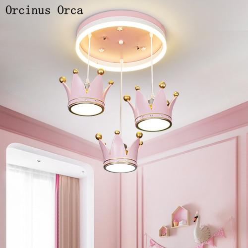 European Sweet Pink Crown Chandelier Girl Bedroom Princess Room Lamp Cartoon Romantic Led Golden Kingdom Chandelier