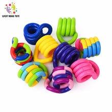 Sorte deform corda unzipping ventilação brinquedos corda mágica torção quebra-cabeça jogo de brinquedo para crianças cor aleatória presente das crianças