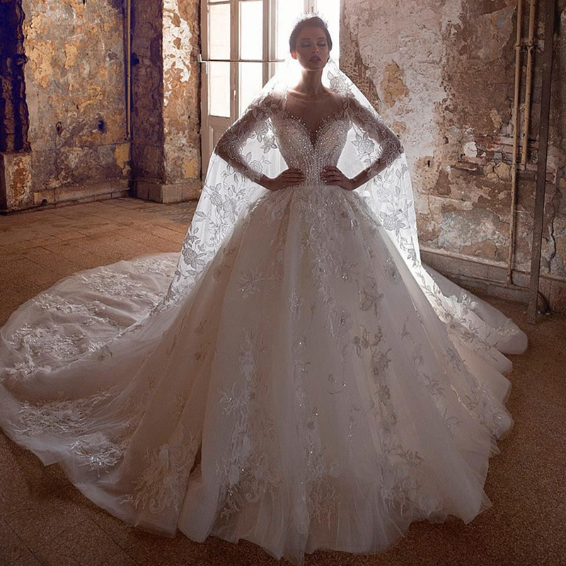 Luxury Beading Ball Gown Wedding Dress Illusion Half Sleeve Scoop Lace Appliques Wedding Gowns Long Robe De Mariee