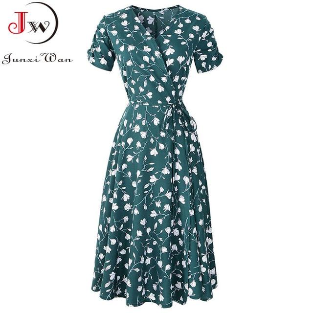 2021 Summer Elegant Short Sleeve Chiffon Dress Women Floral Printing Vintage A-Line Bohemian Beach Midi Sundress Plus Size 2