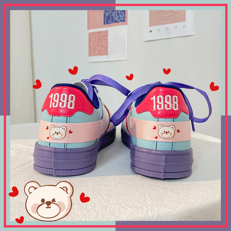 Женские туфли на плоской подошве, весенние женские кроссовки в стиле панк фиолетового цвета с мультипликационным рисунком, 2021