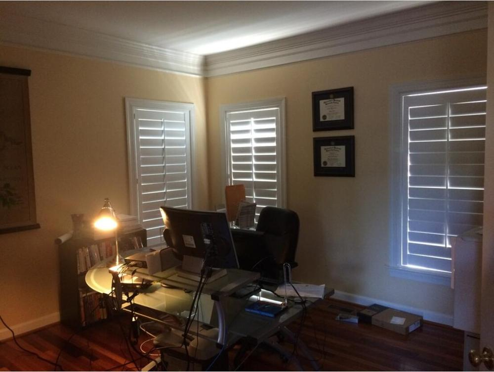 Custom Basswood Plantation Shutters Wooden Blinds Solid Wood Shutter Louvers PS245