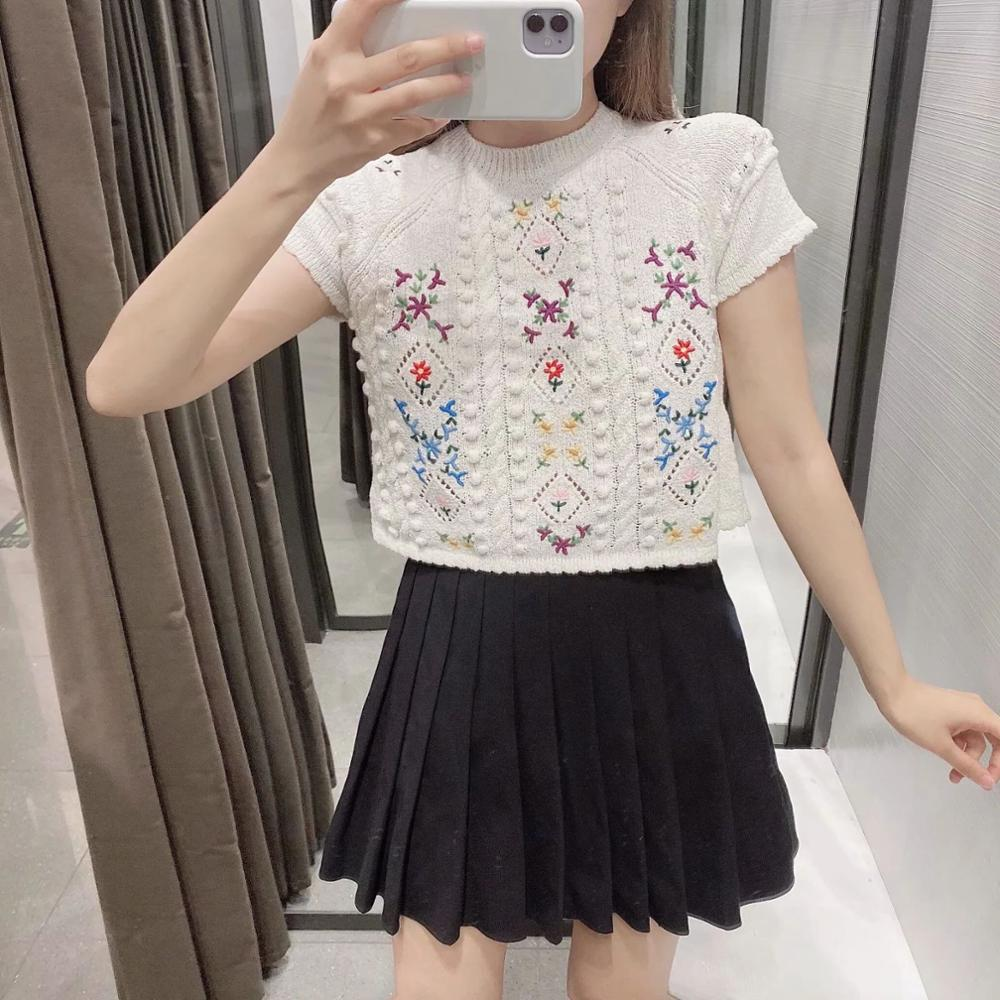 2020 Summer New Women Embroidery Knitted Top Sweater Short Sleeves Casual Fashion Woman Tops Pull Femme