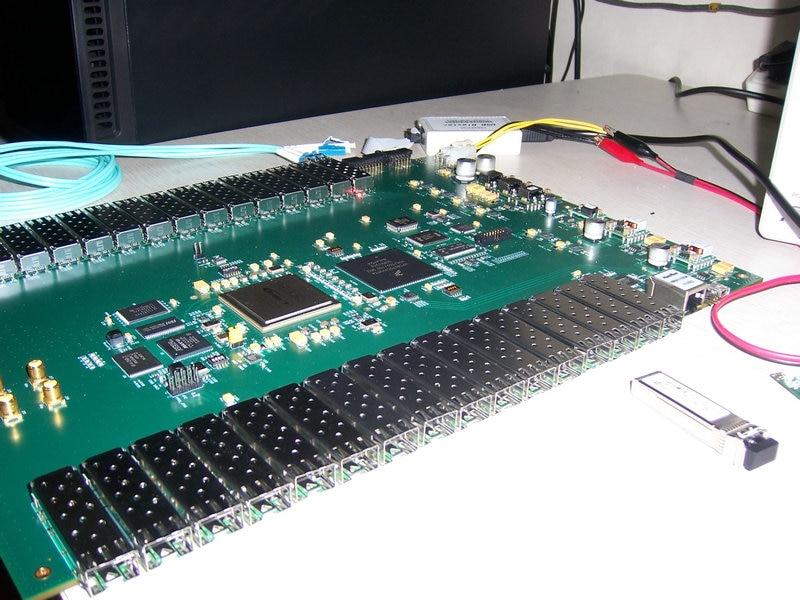 Virtex UltraScale+ XCVU9P  SFP+ 25G X 32 /QSFP 4 X 100G  Xilinx Board Xilinx Fpga Board Xilixn Fpga Development Board Pcie Board