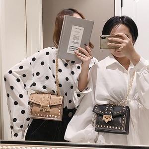 Image 3 - Mała przezroczysta marka projektant kobieta 2019 nowych moda torba torebka na ramię z łańcuszkiem aksamitne nity przezroczysta kwadratowa torebka z PU