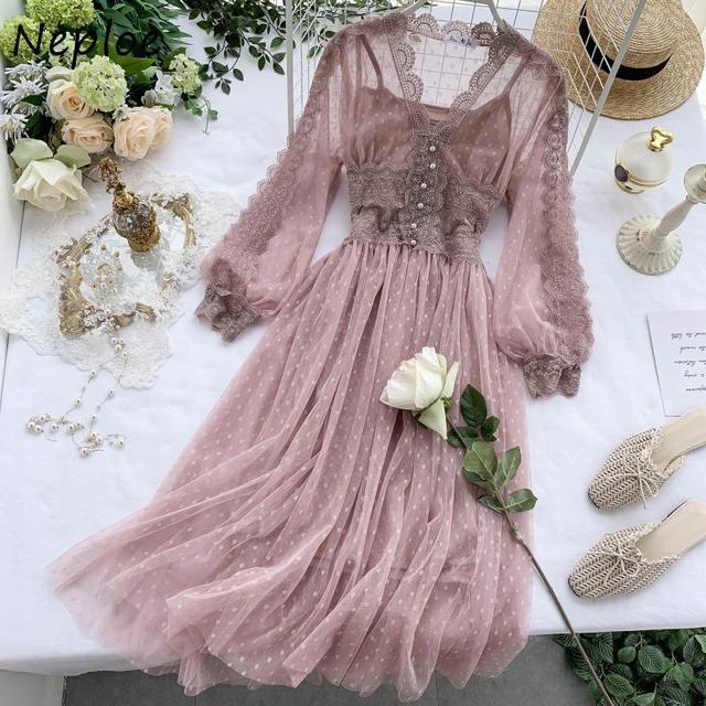 Chic Mesh Vintage Elegant  with Exquisite Beading dress 3