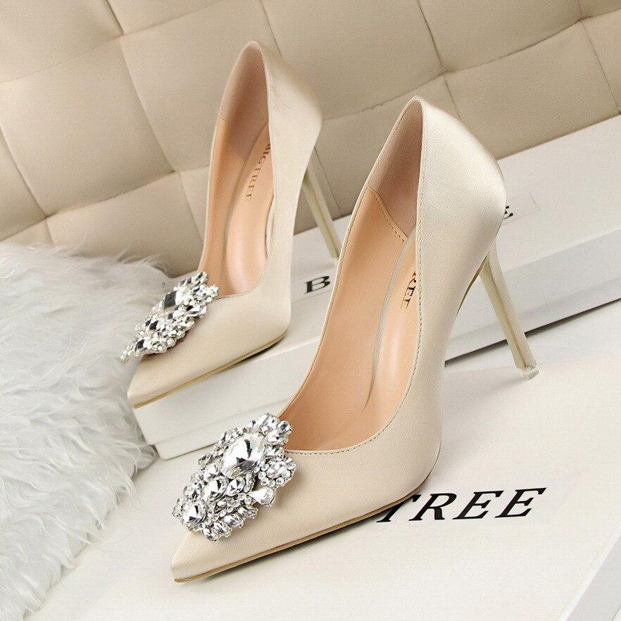 Elegant Pointed Toe Thin Heels Offtobuy Com