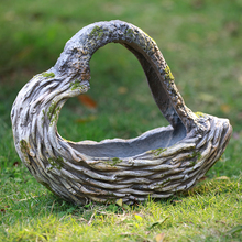 Outdoor Garden Hollow Heart Shape Flower Basket Ornaments Snail Cock Flower Pot Sculpture Fairy Landscape Courtyard Home Decor