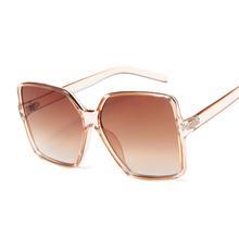 Neueste Platz Elegante Sonnenbrille Frauen Luxus Marke Designer Italien Sonnenbrille Weibliche Damen Vintage Shades Brillen cheap AKLFHNC SQUARE Erwachsene WOMEN Kunststoff MIRROR Anti-reflektierende UV400 Polycarbonat 60mm 57mm