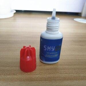 Image 4 - Pegamento del cielo coreano Original labio rojo 5 botellas/lote pegamento de extensiones de pestañas más rápido y más fuerte pegamento de pestañas Etiqueta Privada pegamento para pestañas postizas