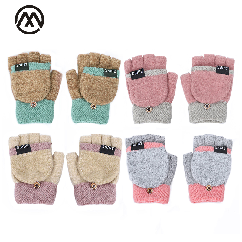 2019 Autumn And Winter Cute Ladies Leaking Gloves Half Finger Full Finger Knitting Gloves Letter Small Button Thick Warm Gloves