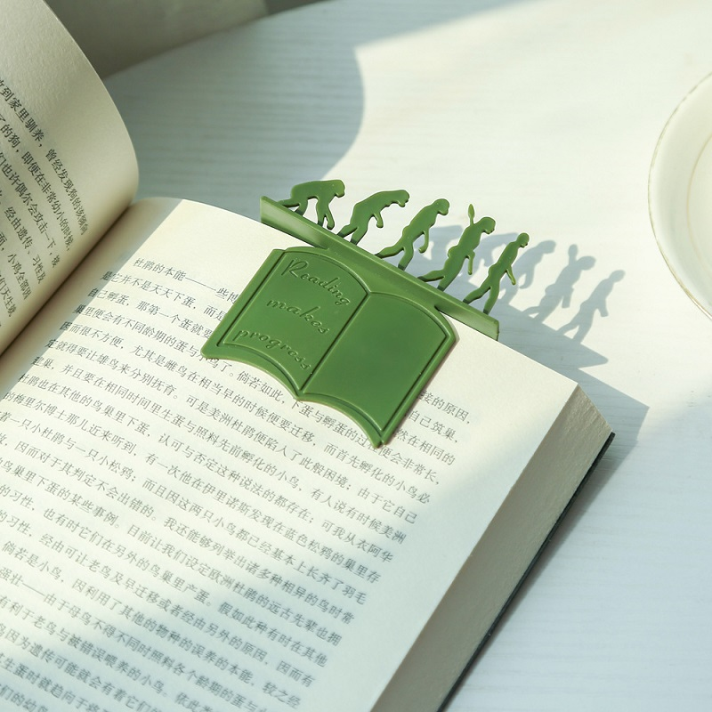 TUTU 2Pcs/lot Plastic Bookmarks Human Evolution Shaped Paper Clips Bookmarks Office Supplies For Kids School Student H0350