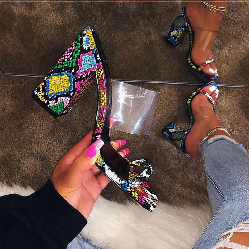 2020 Phụ Nữ Mới Trong Suốt Giày Sandal Cao Gót Nữ Dép Màu Kẹo Mở Ngón Chân Dày Gót Thời Trang Nữ Trượt Giày Mùa Hè