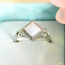 New Vintage White Opal Stone Wedding Rings for women Metal antiqtue silver Geometric Engagement female Ring Jewelry  Size 6-10