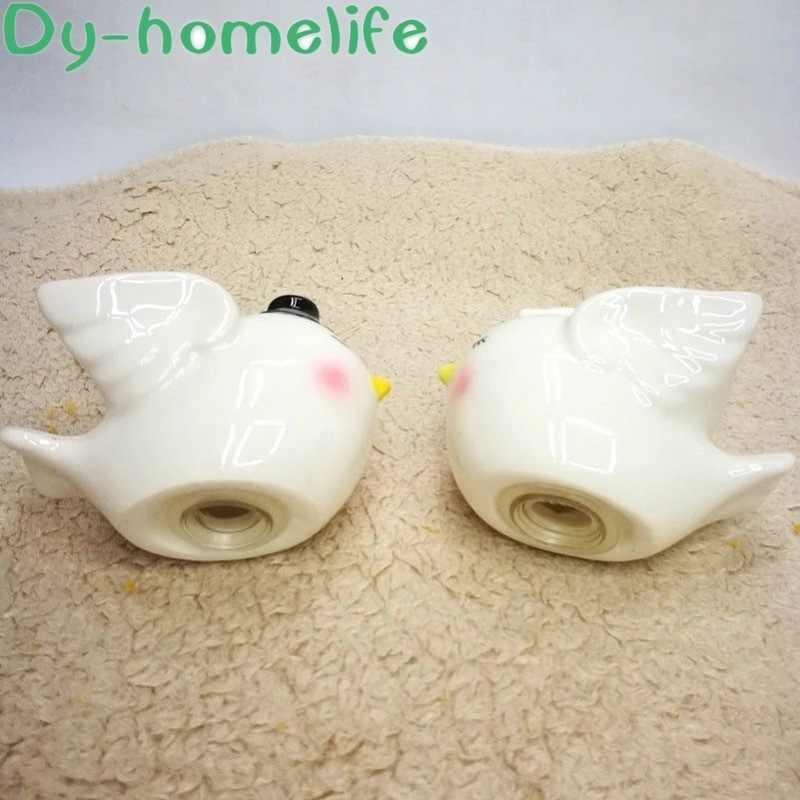 6.2*4*4.2CM Kartun Hand-Painted Angel Burung Pasangan Keramik Botol Bumbu Plastik Hadiah Pasangan Rumah kebutuhan Dapur Lada Garam Shaker