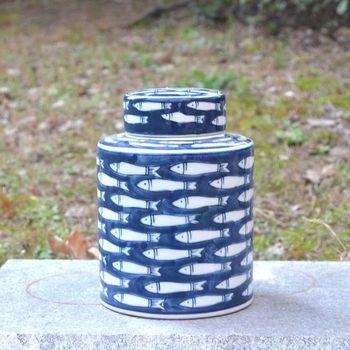 vase Neoclassical Ceramic Arrangements Blue and White Porcelain Circular Decorative Cans European-style Pastoral Decorative Cans