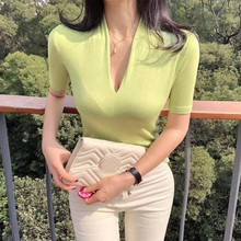 T Shirt Women 2019 Fashion Slim Solid Color Casual Tops Tee New T-shirt Summer Sexy Deep V-neck Short Sleeve Tshirt
