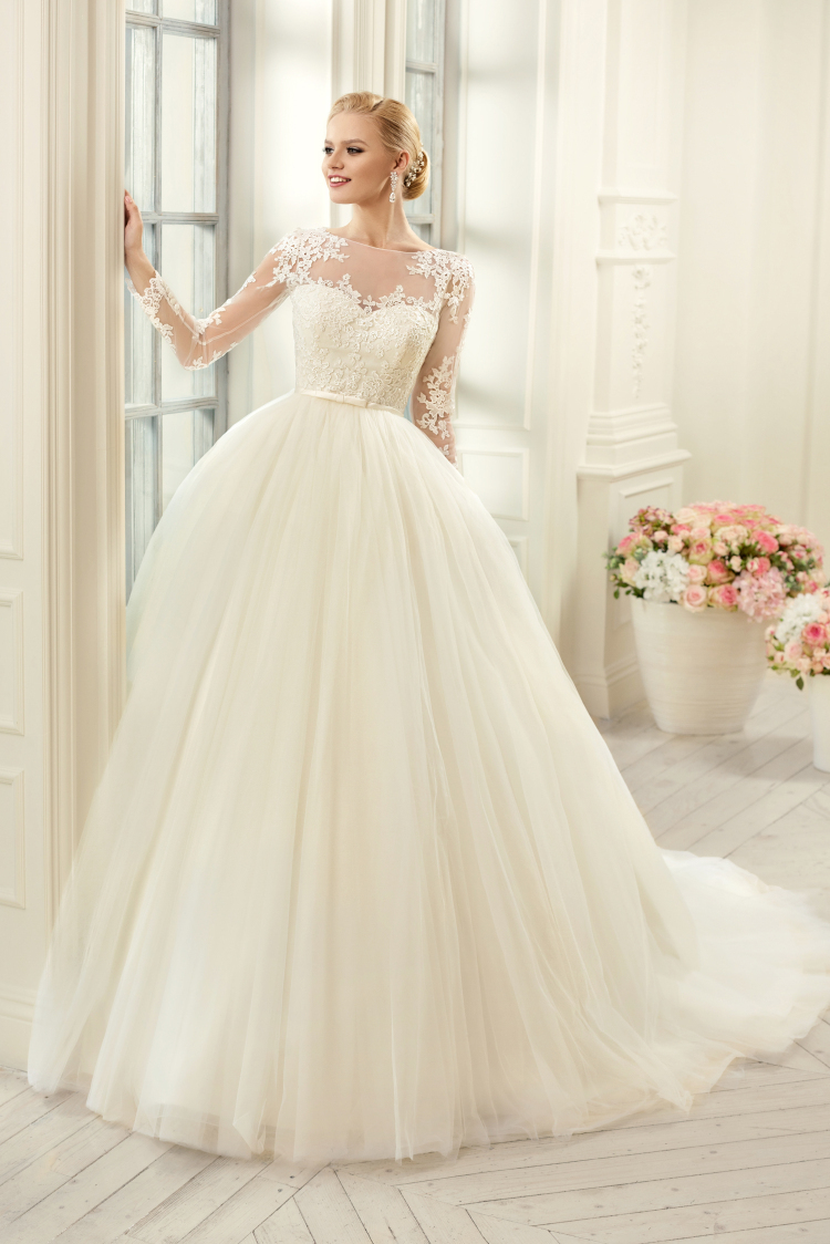 2018 Vestido De Noiva Tulle Scoop Court Train Appliques Bridal Ball Gown Illusion Long Sleeves Mother Of The Bride Dresses