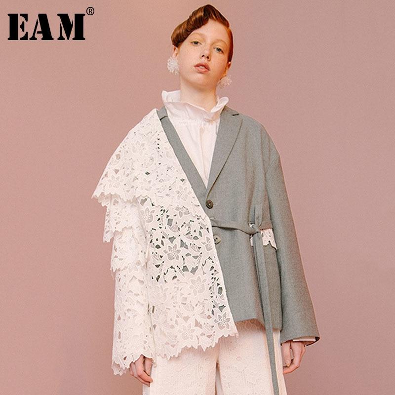 [EAM] Loose Fit Contrast Color Lace Big Size Jacket New Lapel Long Sleeve Women Coat Fashion Tide Spring Autumn 2020 1D319 1