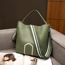 цены High Quality Leather Women Shoulder Bags Wide Shoulder Strap Ladies Crossbody Bucket Bag Elegant Female Composite Bag Handbags