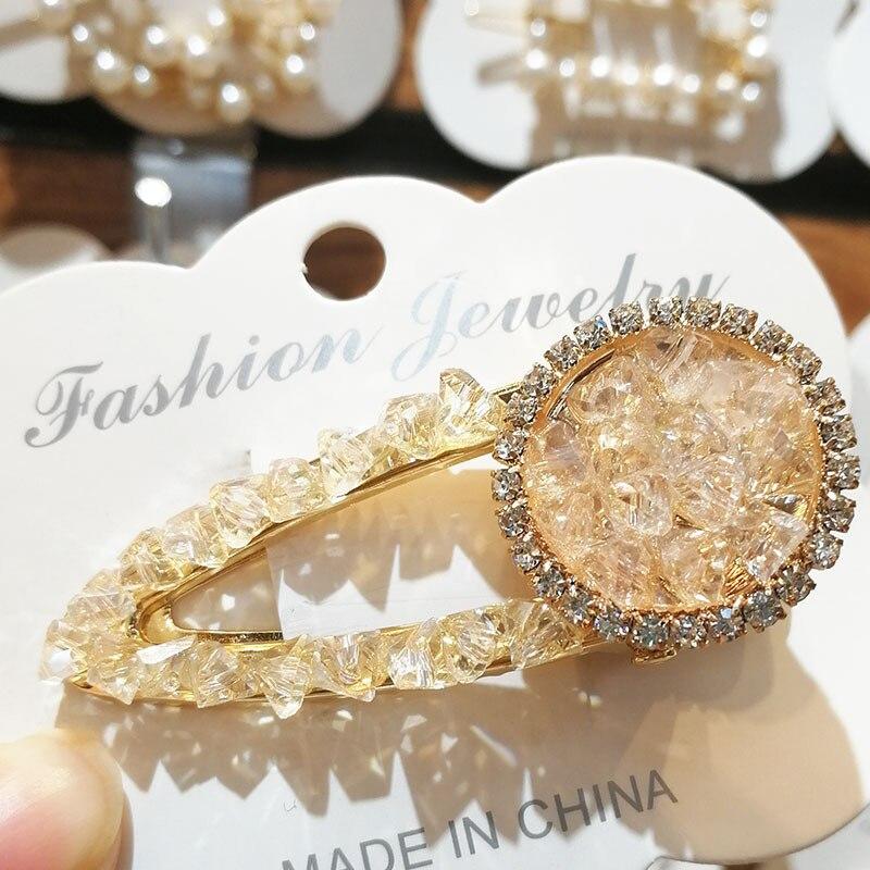 Купить с кэшбэком 1Psc Crystal Hairclip Temperament Bangs Clip Round Rhinestone Duckbill  Barrette Decoration Headdress Styling Accessories