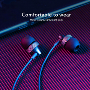 1pcs In Ear Earphone With Micphone Stereo Headset Wired Hand Free HD Call Sport Headset For Samsung Xiaomi Huawei For Computer