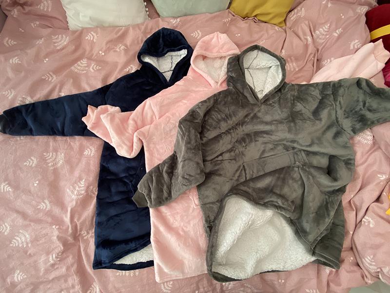 Winter Warm Comfy Hooded Pocket Blankets Adults Bathrobe Sofa TV Blanket Sweatshirt Solid Plush Coral Fleece Blankets Outwears 9