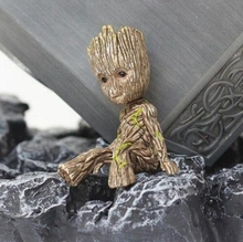 Disney 6CM Tree Man Groot Action Toy Guardians Of The Galaxy Figure Toys Cartoon Movie Avengers Mini Sitting Groot Toy Kids Gift