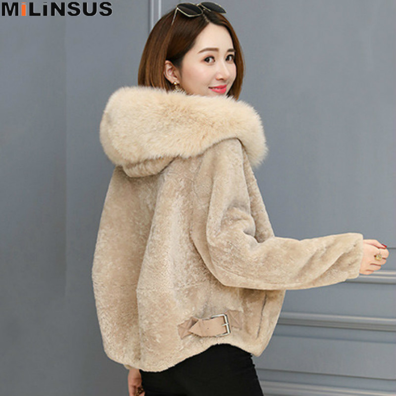 2019 Winter Lamb Fur Coat Women Short Jacket Warm Soft Zipper Faux Fox Hair Hooded Collar Fashion Female Plush Overcoat Outwear