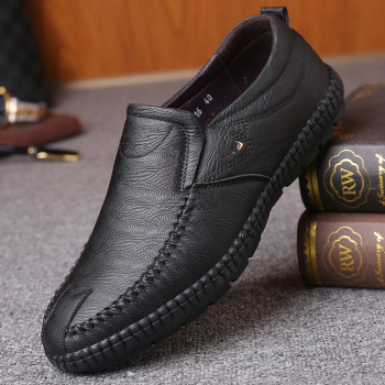 italian brand designer men casual business wedding formal dress bright patent leather shoes slip on lazy driving oxfords loafers 2020 italian black formal shoes men business loafers wedding dress shoes men patent leather oxford shoes for men chaussures *