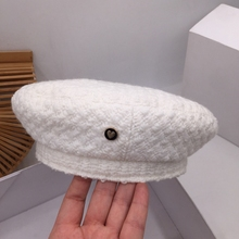 The spring and autumn period and the Japanese small wind white knit beret childr