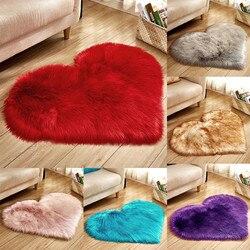 Tapis en laine artificielle en peau de mouton | Tapis doux et Long, poils, bleu blanc rose, tapis Shaggy en fourrure en forme de cœur