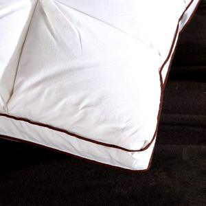 Image 5 - מעבר ענן 48*74cm מותג עיצוב 3D לחם לבן ברווז/אווז למטה כרית נוצות סטנדרטי אנטיבקטריאלי אלגנטי בית טקסטיל 044