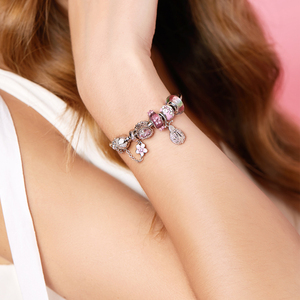 Image 4 - Athenaie na moda 925 prata esterlina claro cz sorte rosa joaninha pingente encantos ajuste feminino pulseira colar jóias diy wihite