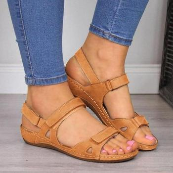 2020 nowych kobiet sandały z miękkim przeszyciem Hook Loop sandały damskie wygodne sandały na płaskim obcasie z wystającym palcem buty na plażę kobieta obuwie tanie i dobre opinie Meijuner Pasek na kostkę Płaskie z Otwarta Z tworzywa sztucznego Niska (1 cm-3 cm) 0-3 cm Na co dzień Hook loop Dobrze pasuje do rozmiaru wybierz swój normalny rozmiar
