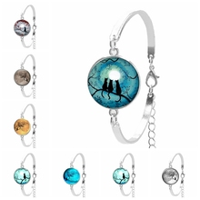 2019 New Hot Fashion Tree of Life and Cat Eye Glass Round Ladies Bracelet, Retro Trend Style, Gift Bracelets Opponent Chain