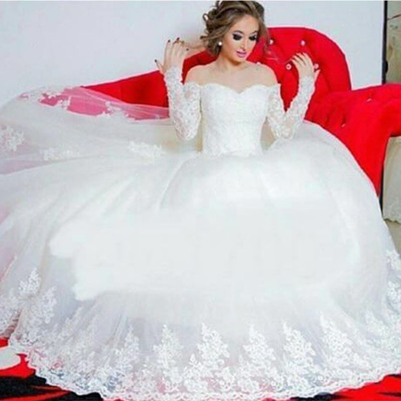 2015 Glamorous Off The Shoulder Long Sleeve Bridal Gown Appliqued Puffy Princess Wedding Dresses