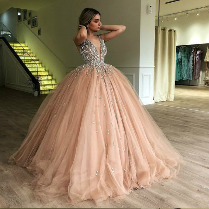 Bling robe de bal or Quinceanera robes strass Puffy Tulle robes de bal élégant col en V doux 15 ans 2018 robe de princesse